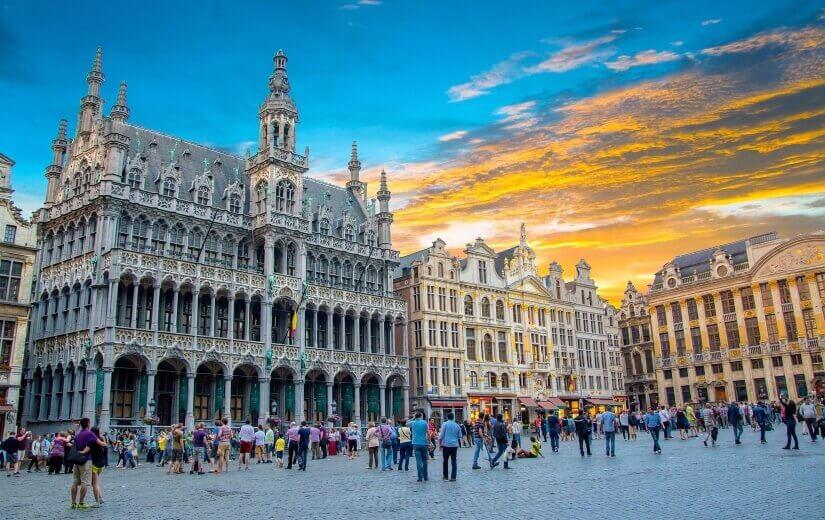 Grote Markt Brüssel mit Menschenmenge