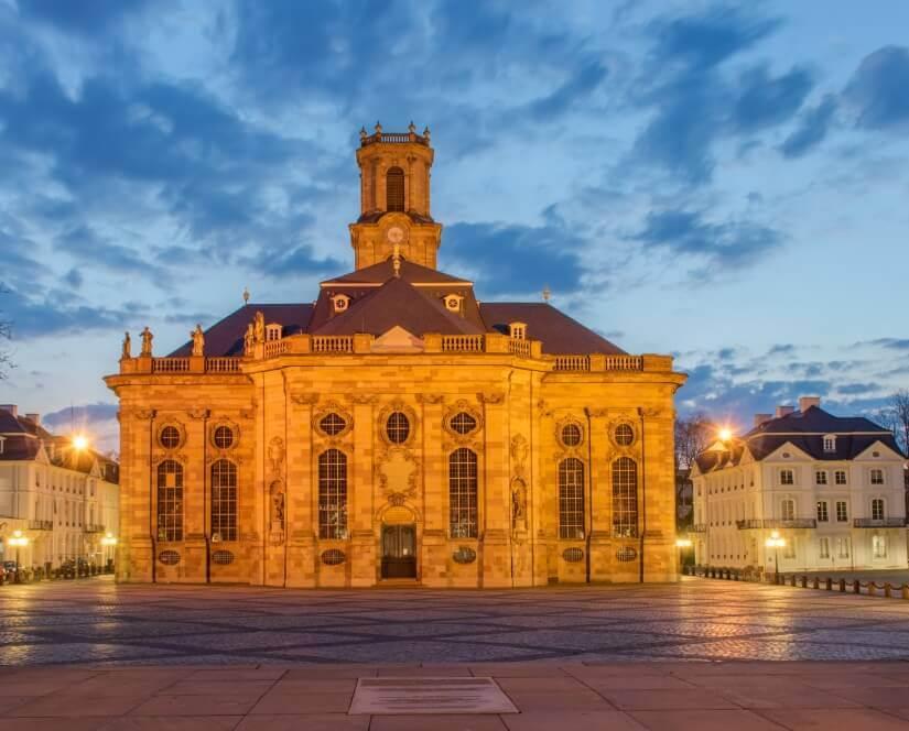 Ludwigskirche Saarbrücken bei Nacht