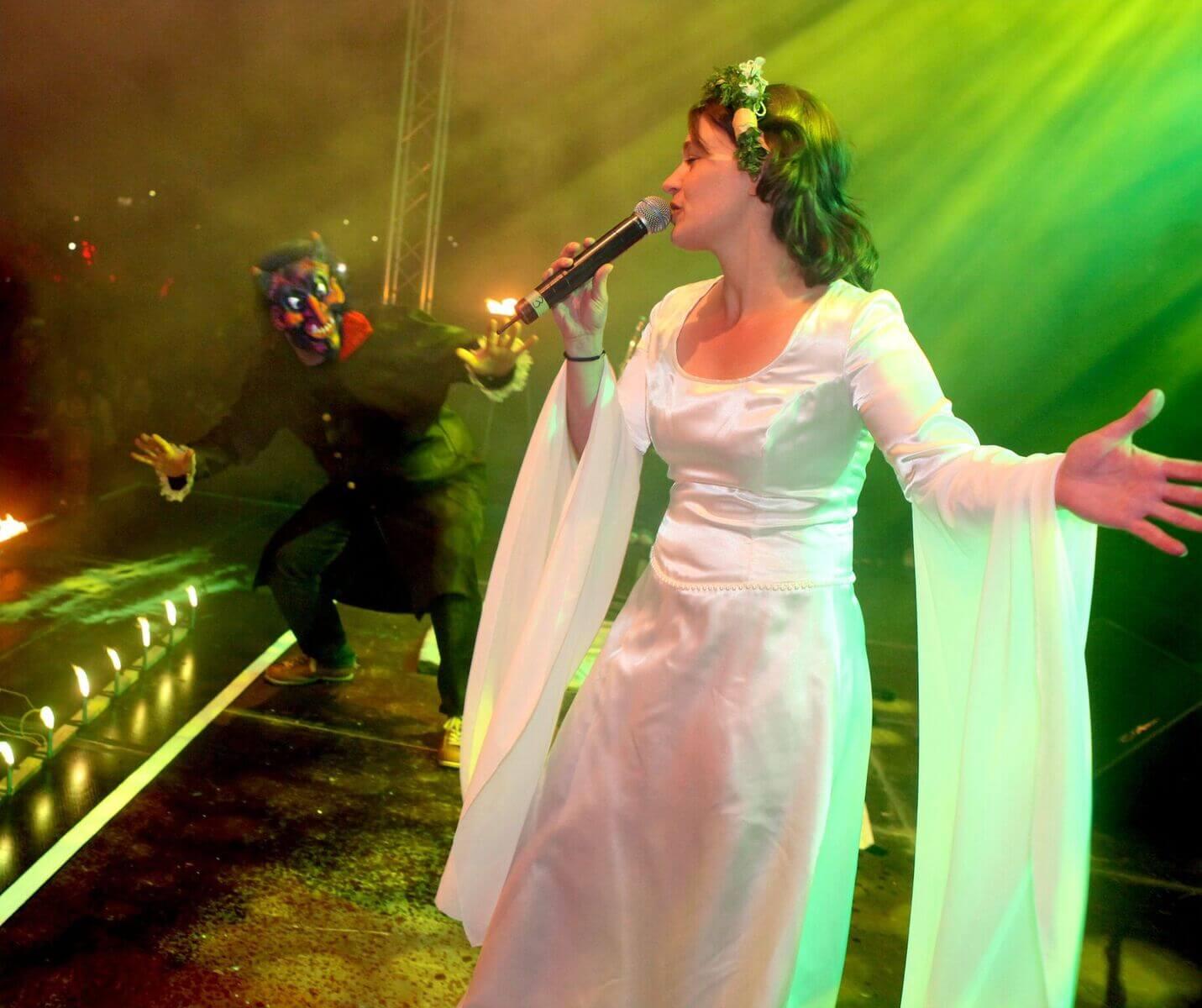 Bühnenauftritt zur Walpurgisnacht in Hahnenklee