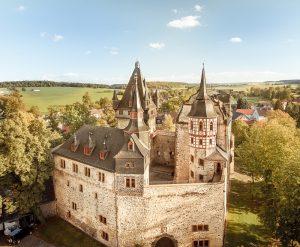 Schloss_Vogelperspektive_klein