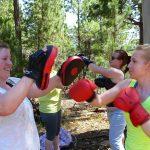 Bootcamp Nature Fitness Frauen_Boxen