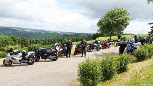 Motorradtour bei schönem Wetter