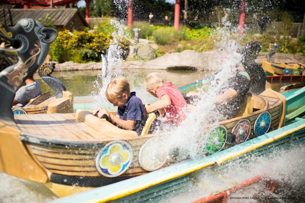 Bild Sturmfahrt der Drachenboote Hansa-Park