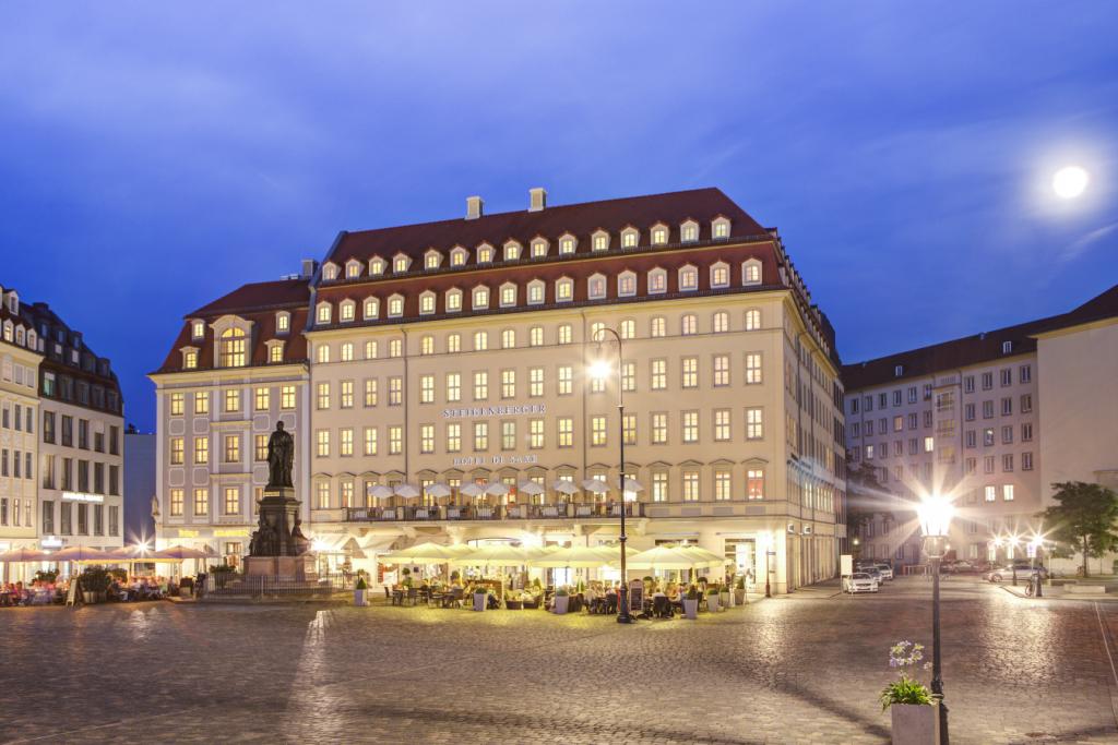 Das prächtige Steigenberger Hotel de Saxe in Dresden