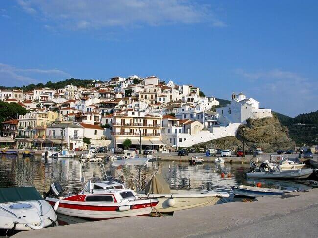 Die schöne Inselhauptstadt Skopelos-Stadt