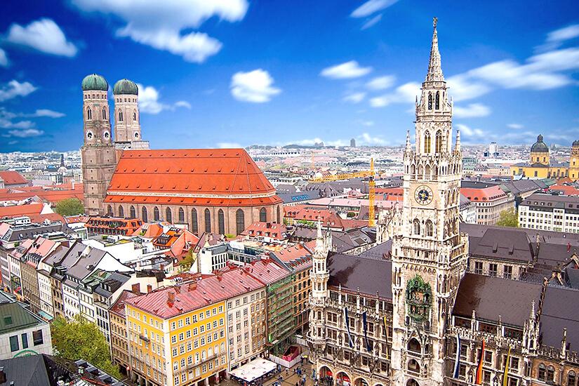 Neues Rathaus & Frauenkirche in München