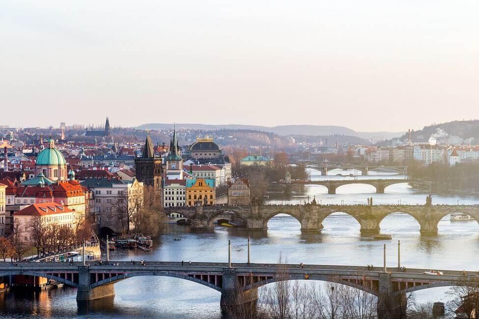 Gratis in Prag mit Blick auf die Karlsbrücke