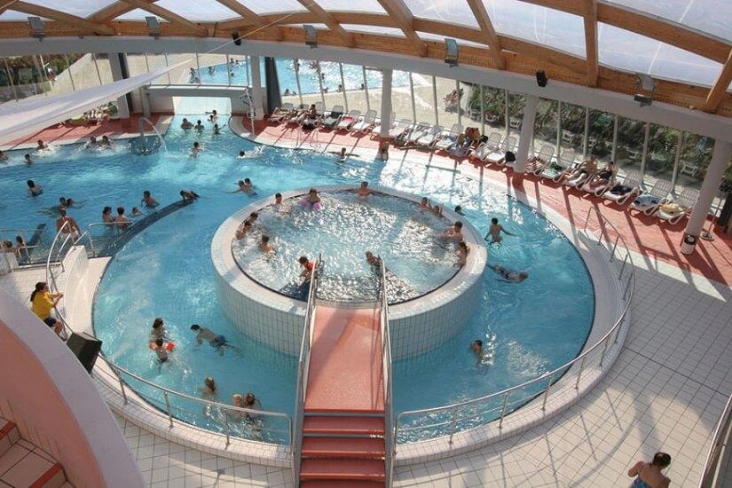 Bild Badespaß im elypso Freizeit- und Erlebnisbad Deggendorf