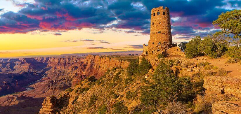 Der Dessert View Watchtower am Grand Canyon