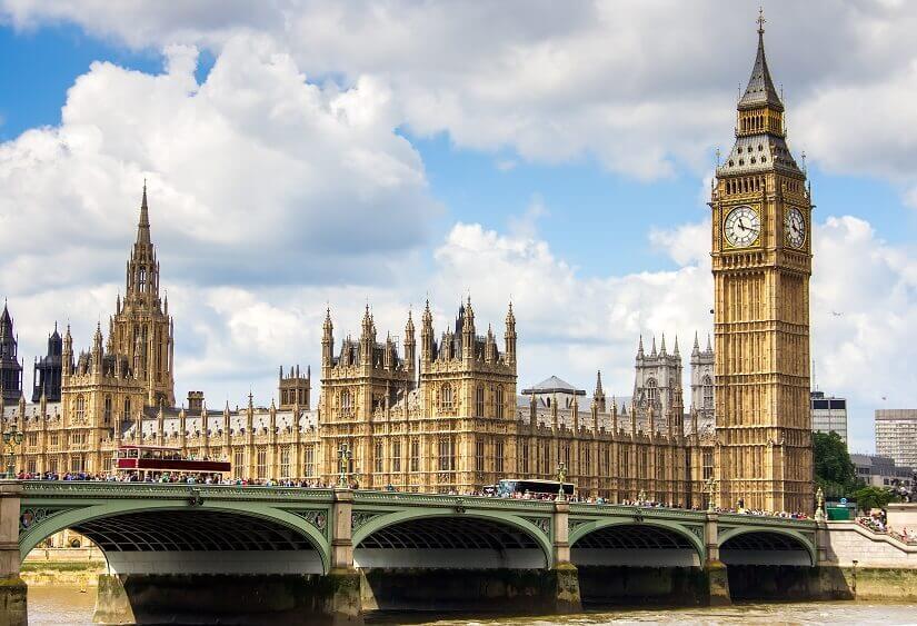 Bild Big Ben und Elizabeth Tower über der Therme