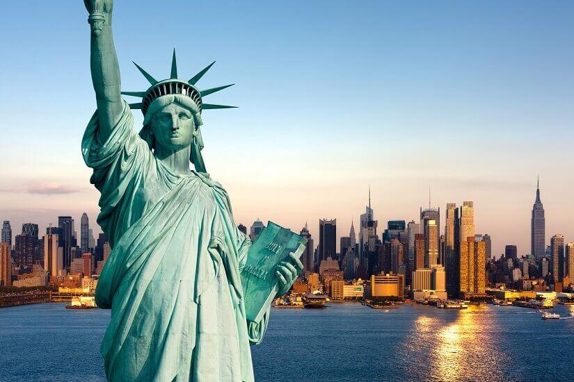 Bild Freiheitsstatue Miss Liberty grüßt die Besucher von New York