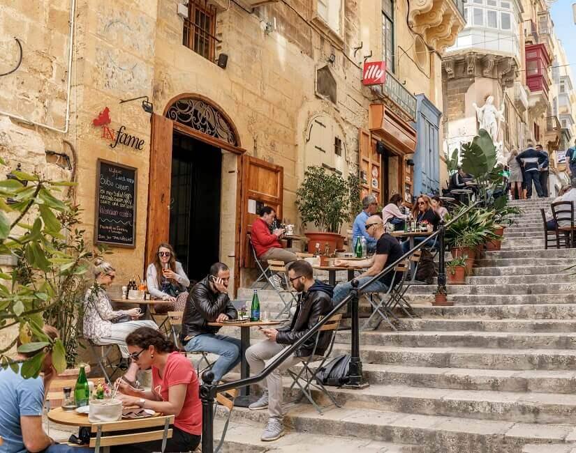 Bild Straßencafé in Valletta