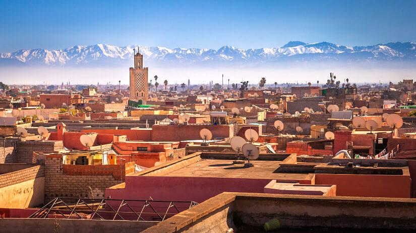 Marrakesch mit Atlasgebirge