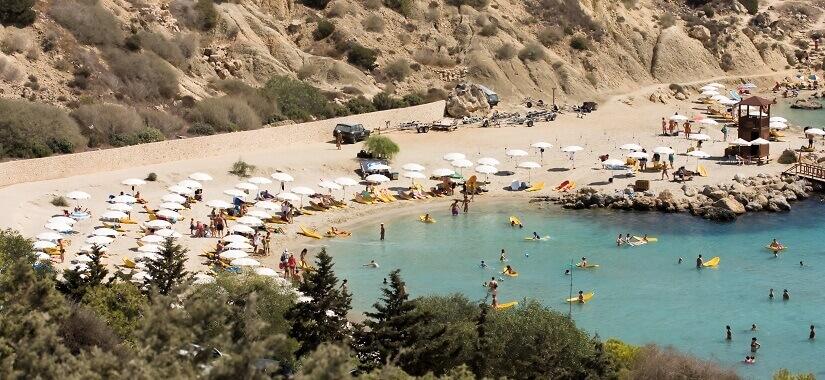 Baden am Konnos Beach bei Ayia Napa auf Zypern