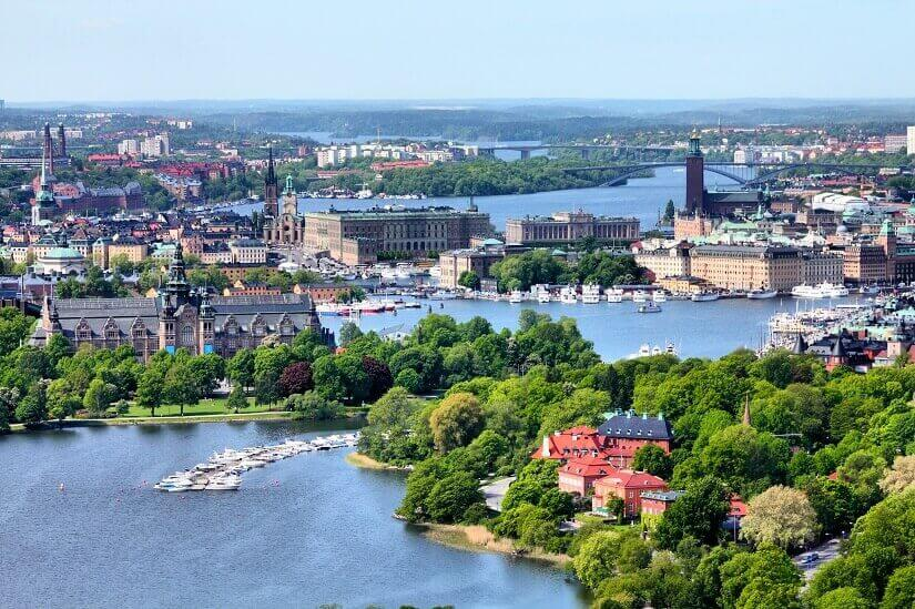 Blick auf Stockholm aus der Luft, im Zentrum Gamla Stan