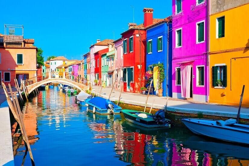 Bild Buranos bunte Fischerhäuschen, Venedig, Italien
