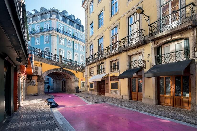 Bild Nova do Carvalho, Pink Street, Lissabon, Portugal