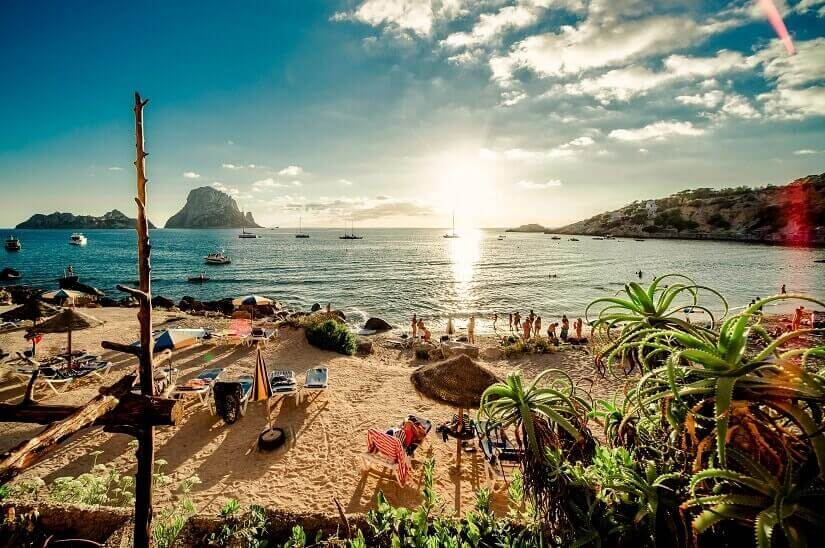 Auf Ibiza am Strand