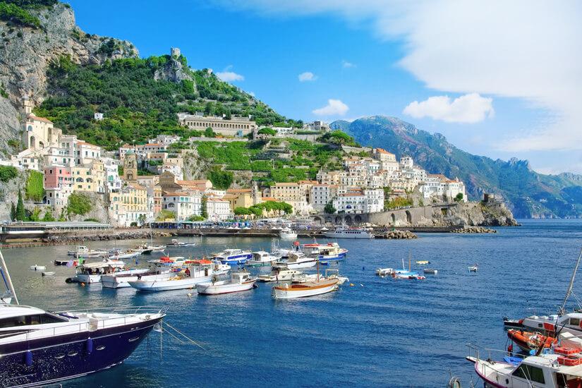 Hafen von Amalfi