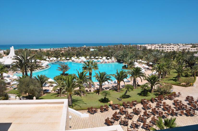Hotelanlage am Strand von Djerba