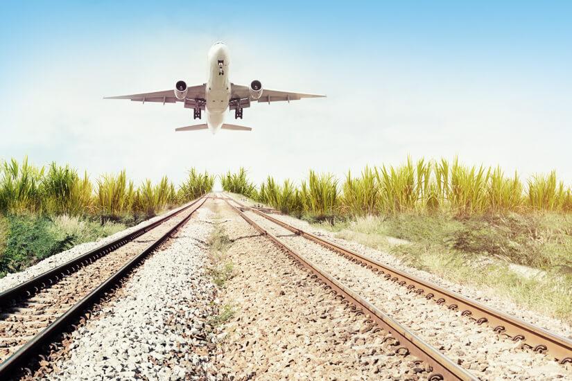 Mit dem Zug zum Flug