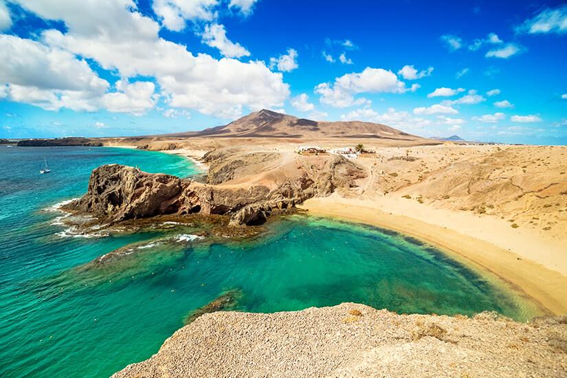 Frischer Wind am Strand auf Lanzarote