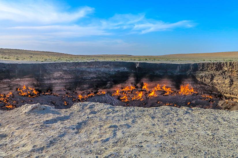 Brennender Derweze-Krater in der Karakum-Wüste