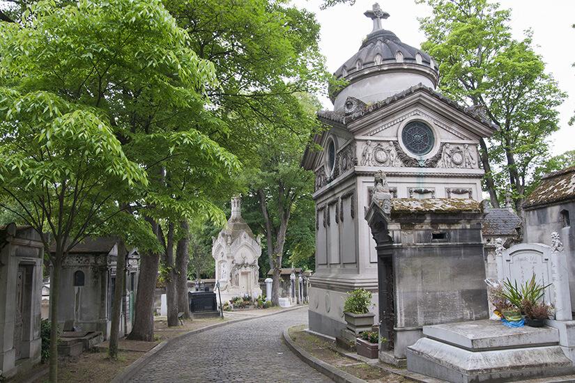 Berühmter Friedhof Père Lachaise in Paris