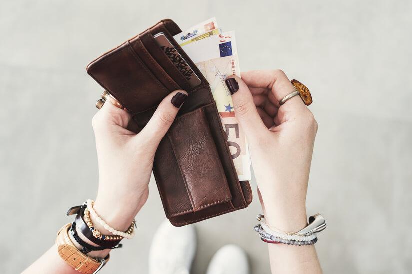 Geld nie auf der Straße wechseln