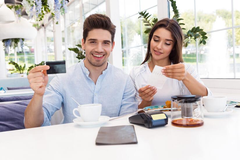 Mit Kreditkarte bezahlen