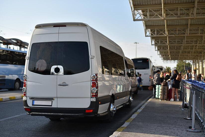Sammeltransfer mit dem Minibus