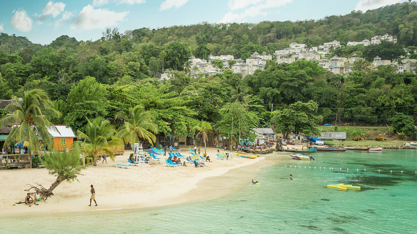 Strand in Ocho Rios auf Jamaica