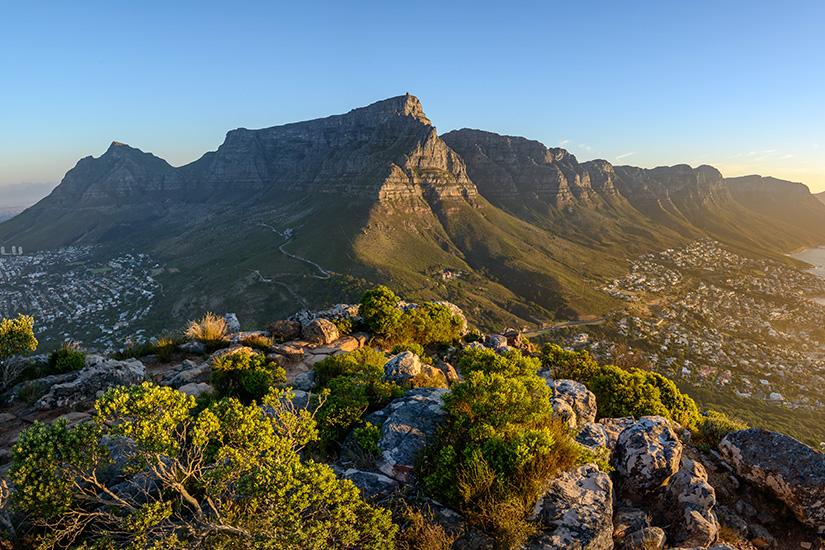 Blick auf den Tafelberg und die Zwölf Apostel