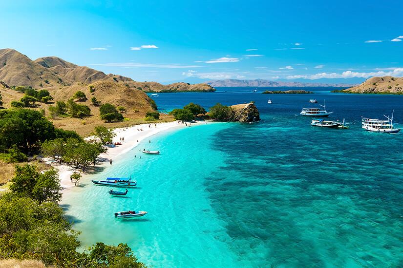 Pink Beach, Flores Island, Indonesien