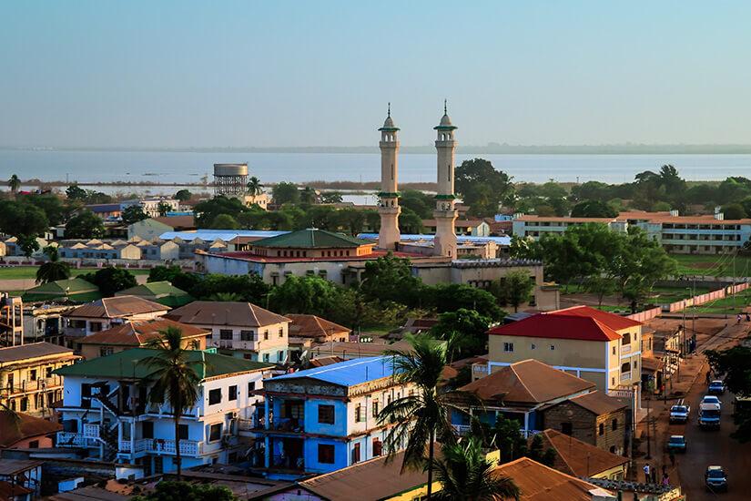 Blick auf die Stadt Banjul