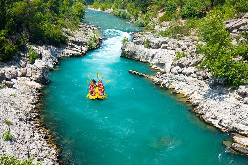 Rafting im Fluss
