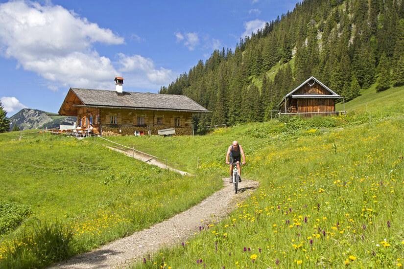 Moutainbiken in den Ammergauer Alpen