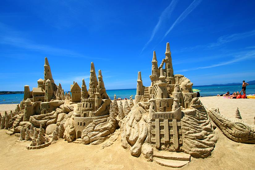 Fantasievolle Sandskulpturen