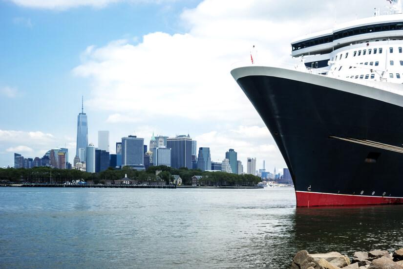 1564556255_New York mit Kreuzfahrtschiff