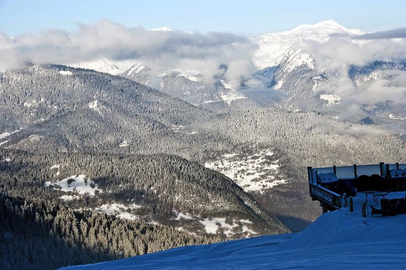 Blick auf die Alpen von La Tania aus