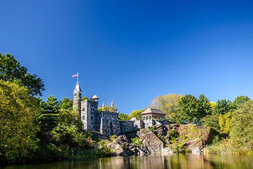 Belvedere Castle auf einer Anhöhe