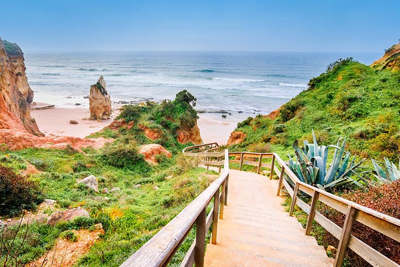 Praia da Rocha an der Algarve