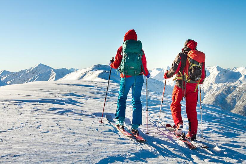 Skifahren in den Tiroler Alpen