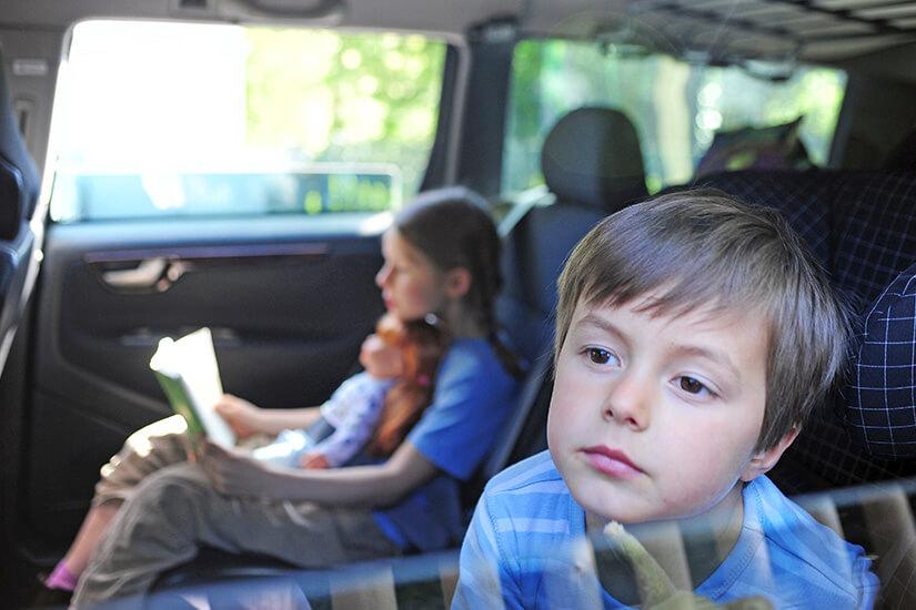 Reisekrankheit tritt häufig bei Kindern auf