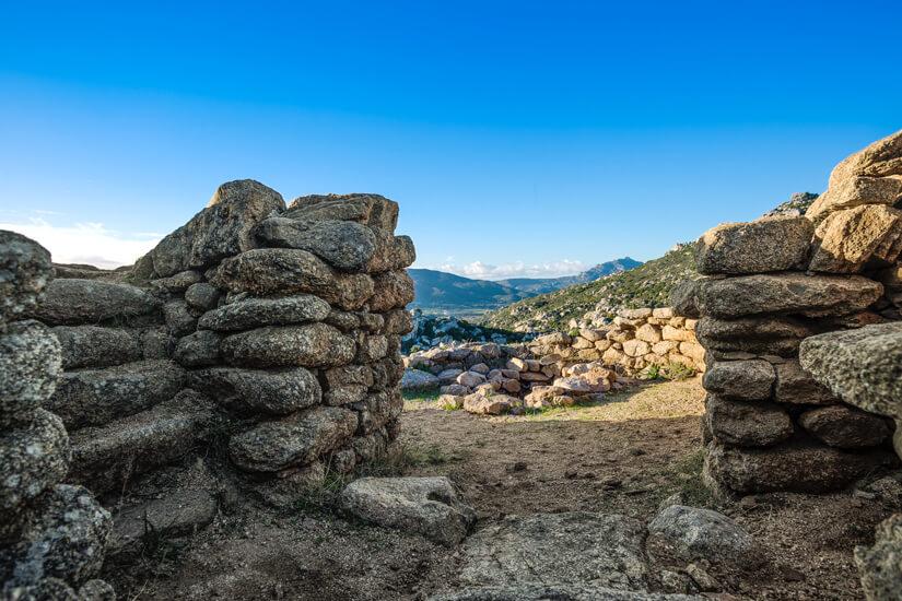 Innerhalb des Castello di Cabu Abbas