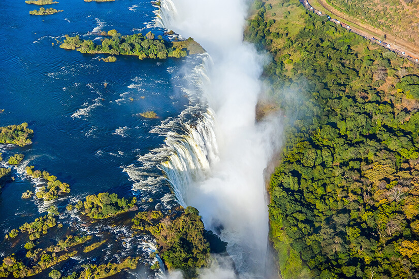 1570018385_Victoria Falls