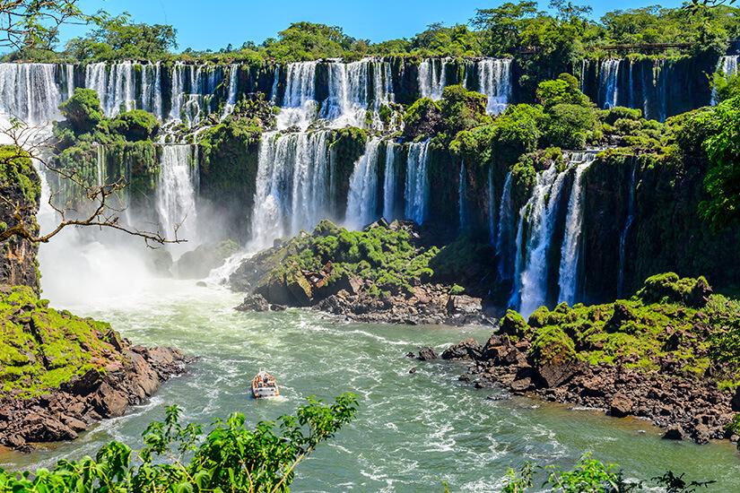 1570018442_Iguazú Falls