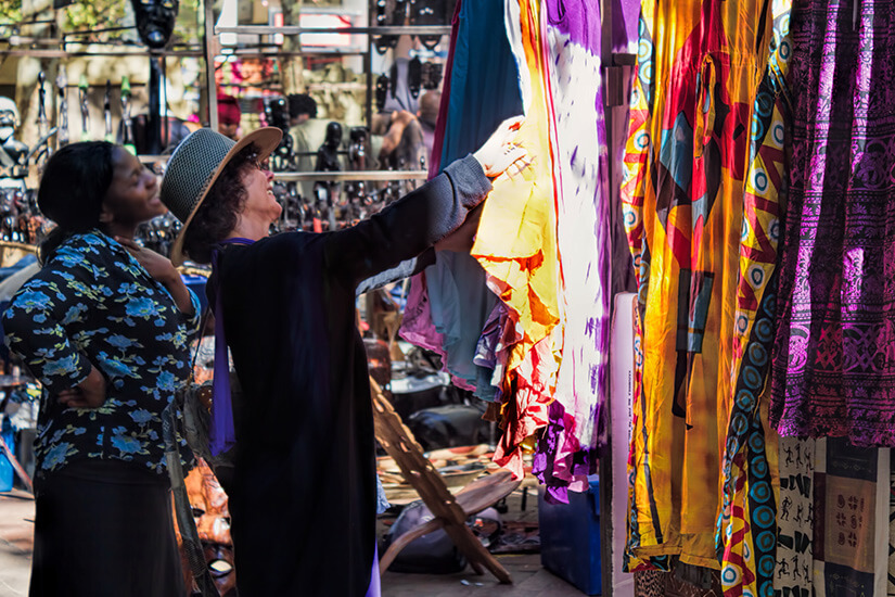 Shoppen auf einem traditionellen Markt