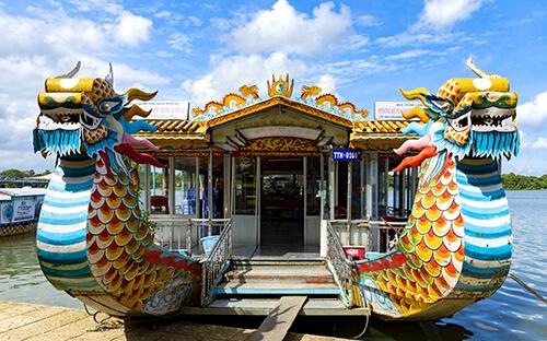 Drachenboot-Festival in Marina Bay