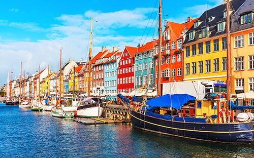 Bunte Häuser & Kneipen am Nyhavn